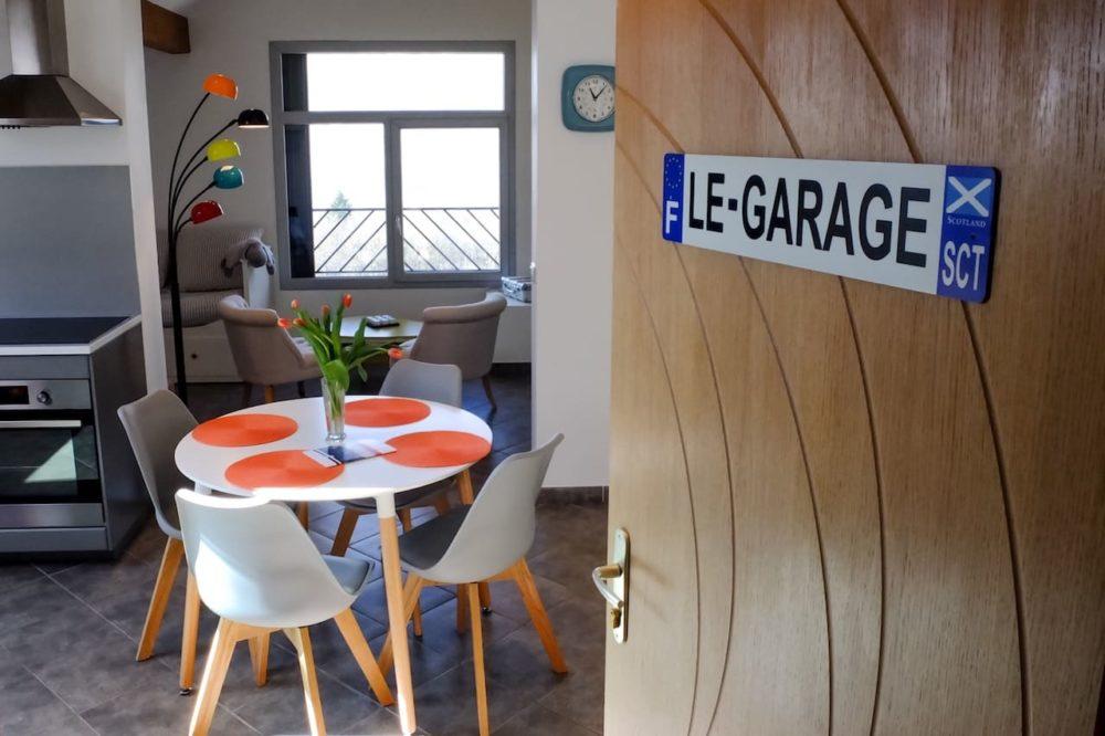 la-combre-fleurie-appartement-garage-2